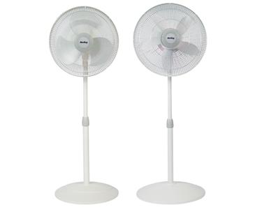 "AIR KING� 18"" PEDESTAL OSCILLATING FAN"