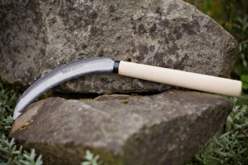 "Serrated 6.5"" blade sickle wood handle"