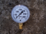 ZEN-TEK INSTRUMENTS 0-300 PSI Dry Pressure Gauges