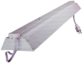 24 Inch Dual Tube Fluorescent Fixture for T12 lamps.